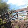 Holz und Metall im Garten